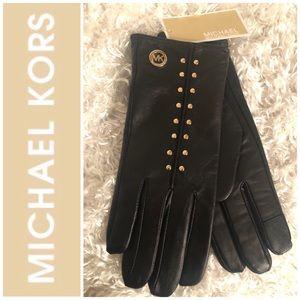 Michael Kors Leather Astor Studded Tech Gloves